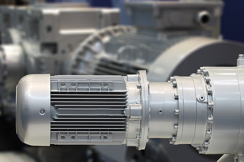 Getriebe, Pumpen & Motoren